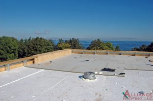 white commercial tpo roof